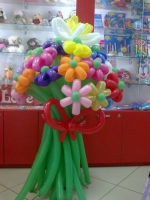 """Букет """"25 цветов с гиганской ромашкой"""""""